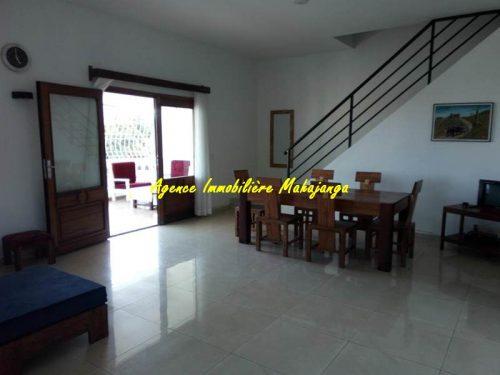 location duplex meubl centre ville mahajanga vue mer immobilier mahajanga madagascar. Black Bedroom Furniture Sets. Home Design Ideas